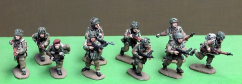 AB-INB51 British Airborne squad advancing